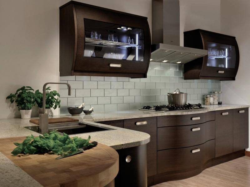 Сочетание цветов в интерьере кухни: правила, фото примеры, советы дизайнеров по подбору