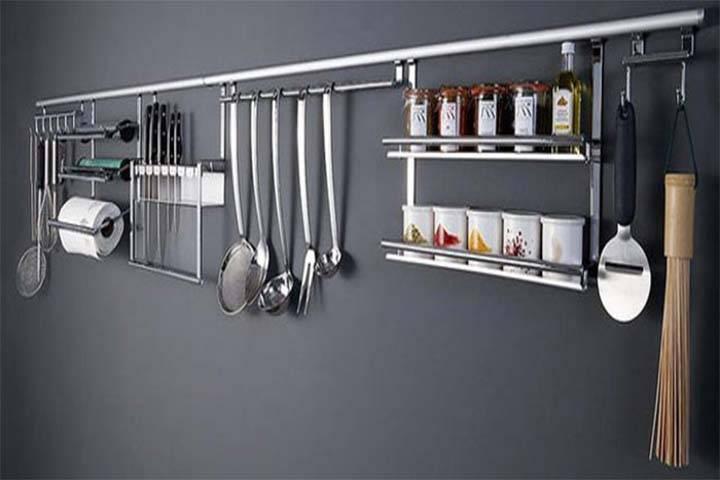 Рейлинговые системы для кухни - как лучше обустроить рабочую зону на кухне?
