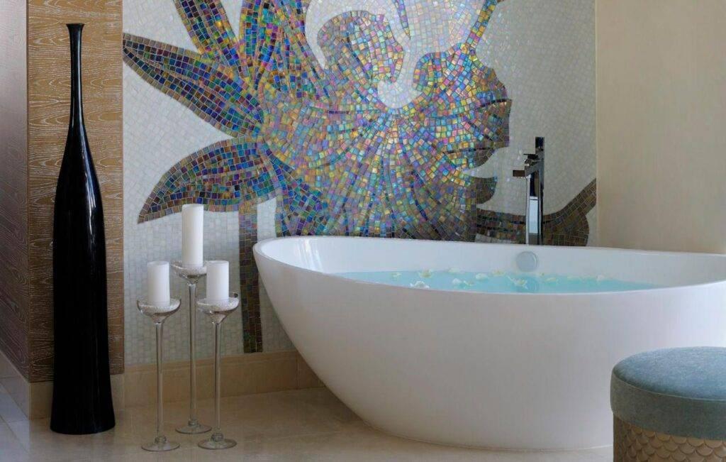 Стоит ли класть мозаику в ванной комнате