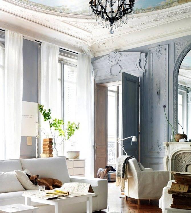 Лепнина на стенах: выбор материала и варианты декора