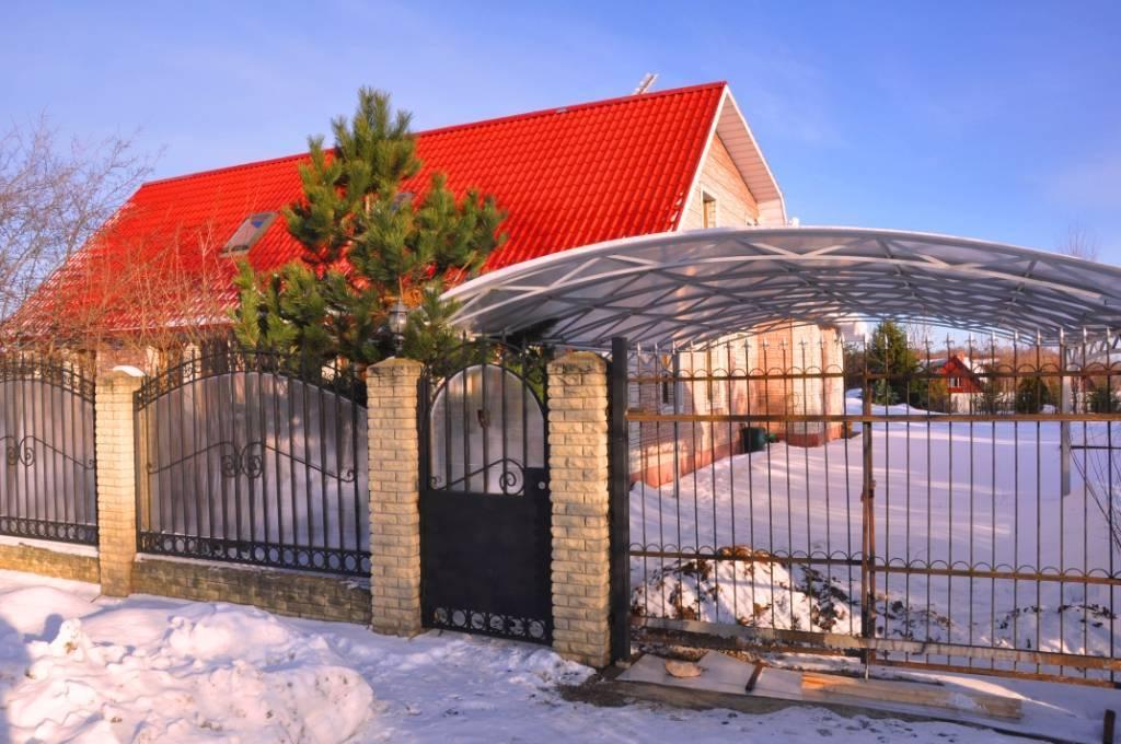 Фото заборов для частных домов и красивых ограждений(+390 идей)