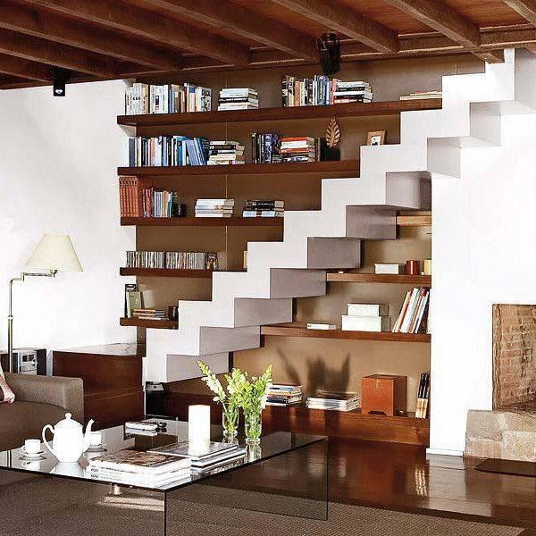 Гостиная с лестницей   виды, типы и устройство   интерьер и дизайн