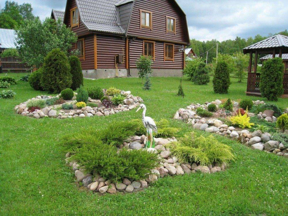 Ландшафтный дизайн своими руками (92 фото): как обустроить цветник возле дома, красивое обустройство дачного участка