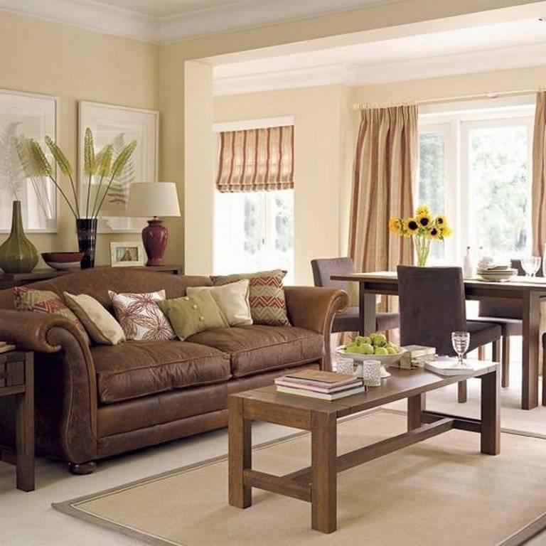 Коричневый диван в интерьере: особенности и правила сочетания
