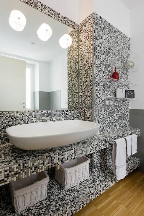 Дизайн ванной с мозаикой – обсуждаем плюсы и минусы
