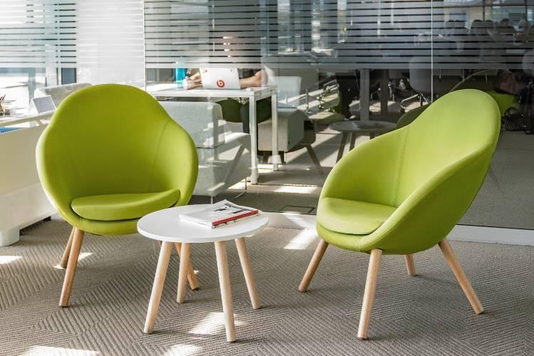 Подвесное кресло (101 фото): кресла-капсулы и кресла-качалки, размеры и примеры в интерьере квартиры, висячие навесные кресла из макраме и прозрачные