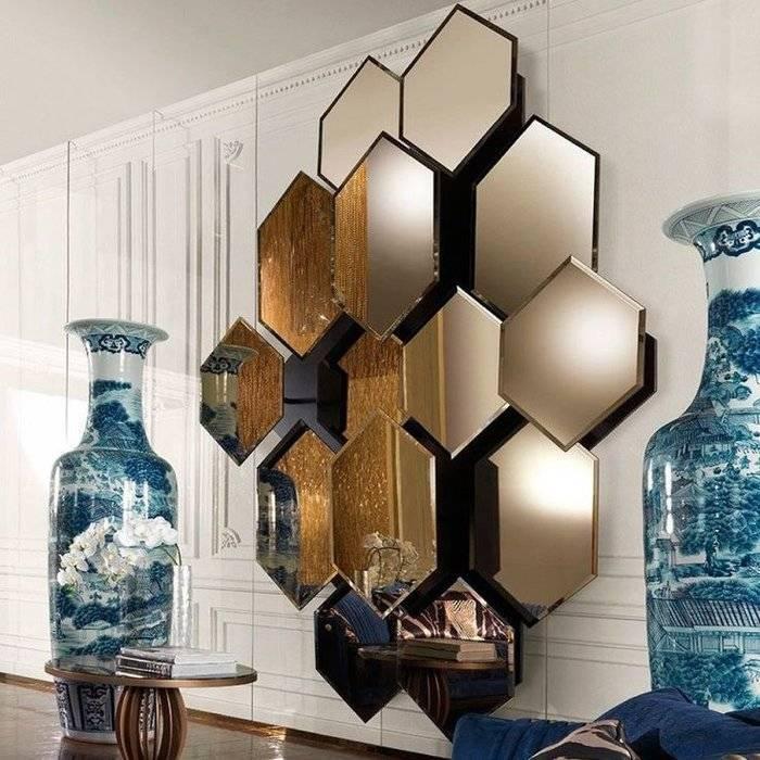 Зеркальная плитка (63 фото): керамические изделия с фацетом на стену, варианты расположения в интерьере гостиной или в спальни, сплошное зеркало и соты в прихожей