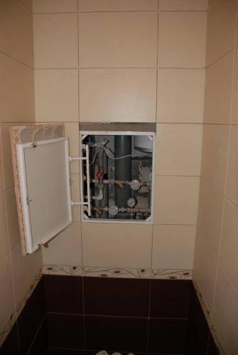 Установка люка в туалете под плитку: советы профессионалов