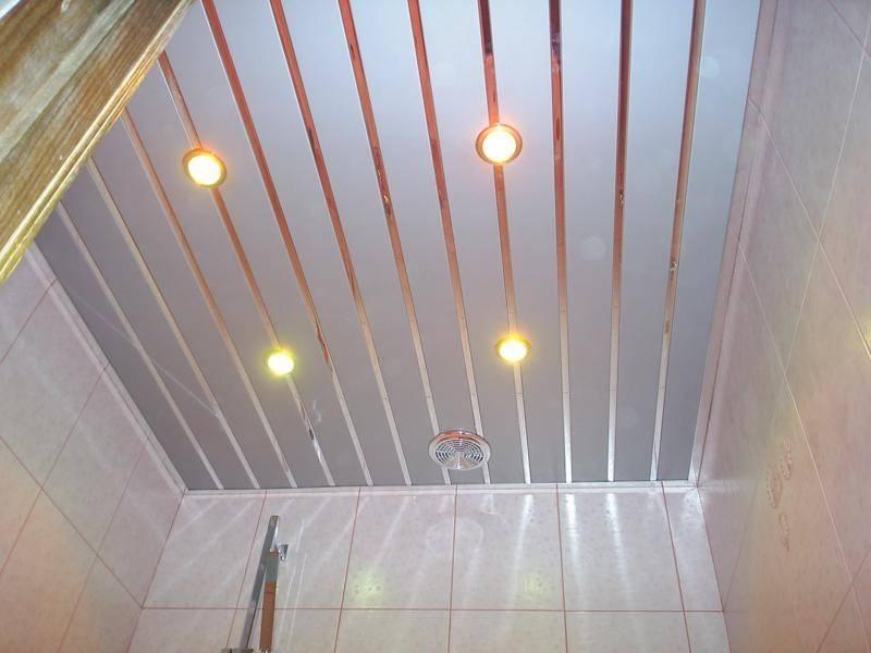 Потолок в туалете: как сделать потолок в санузле, варианты из пластиковых панелей, гипсокартона, натяжной, реечный, подвесной, из пвх, какой выбрать