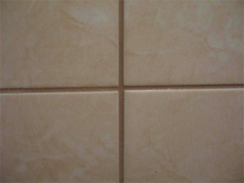 Затирка для плитки в ванной, какую и как выбрать