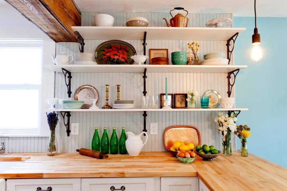 Полки на кухне вместо шкафов - реальный интерьер (79 фото): дополнительная полка в кухонный шкаф