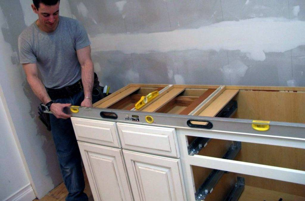 Кухонный гарнитур своими руками: фото, чертежи, сборка, монтаж