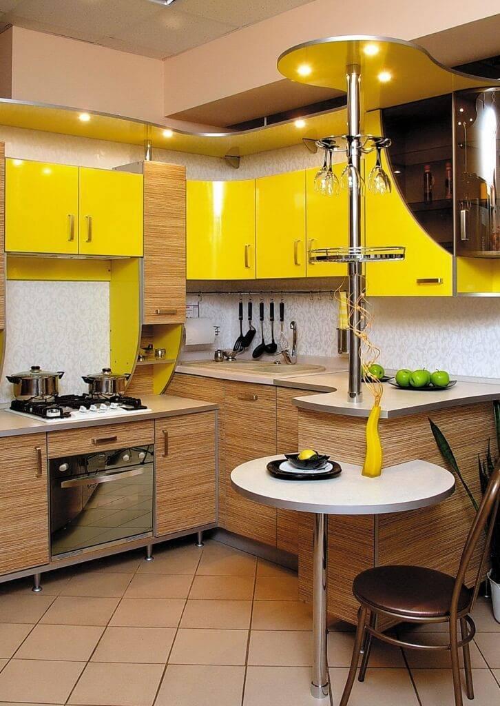 Дизайн маленькой кухни с барной стойкой, фото