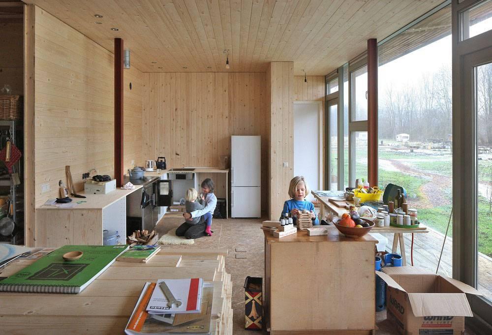 Жизнь в загородном доме: плюсы и минусы - недвижимость - журнал домклик