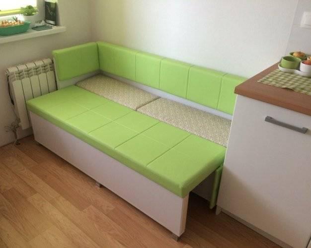 Способы размещения дивана на кухне