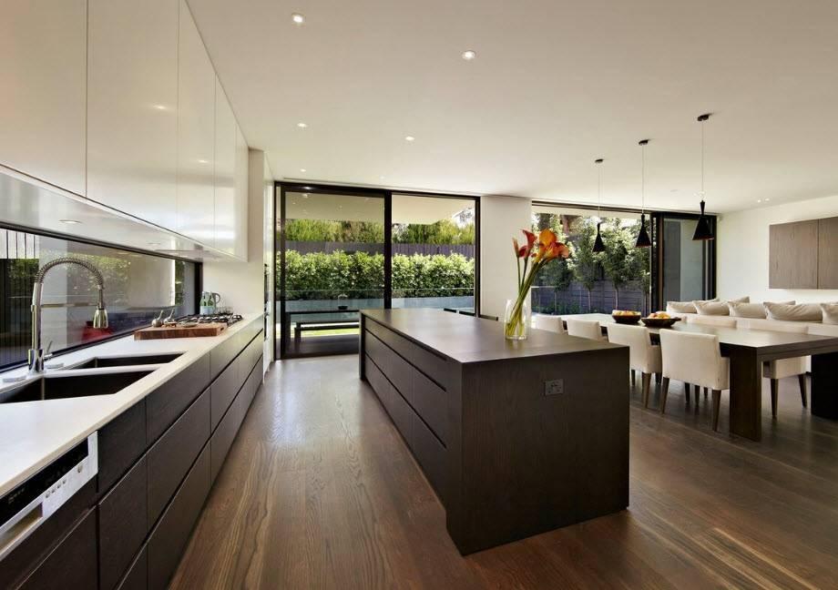 Большая кухня – большие возможности для интерьера