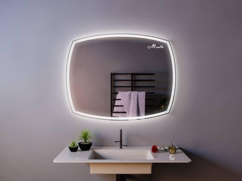 Особенности выбора сенсорного зеркала с подсветкой в ванную комнату