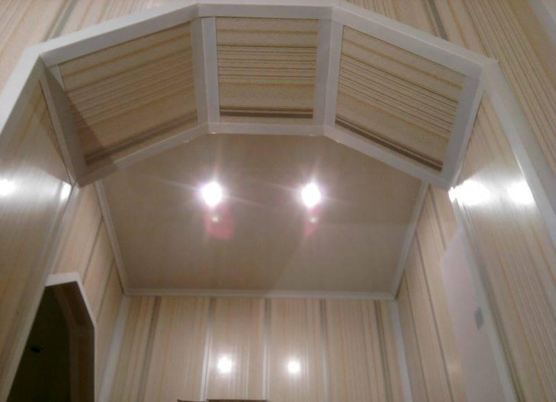 Потолок в прихожей: 125 фото лучших идей и обзор самых красивых сочетаний в современном и классическом дизайне