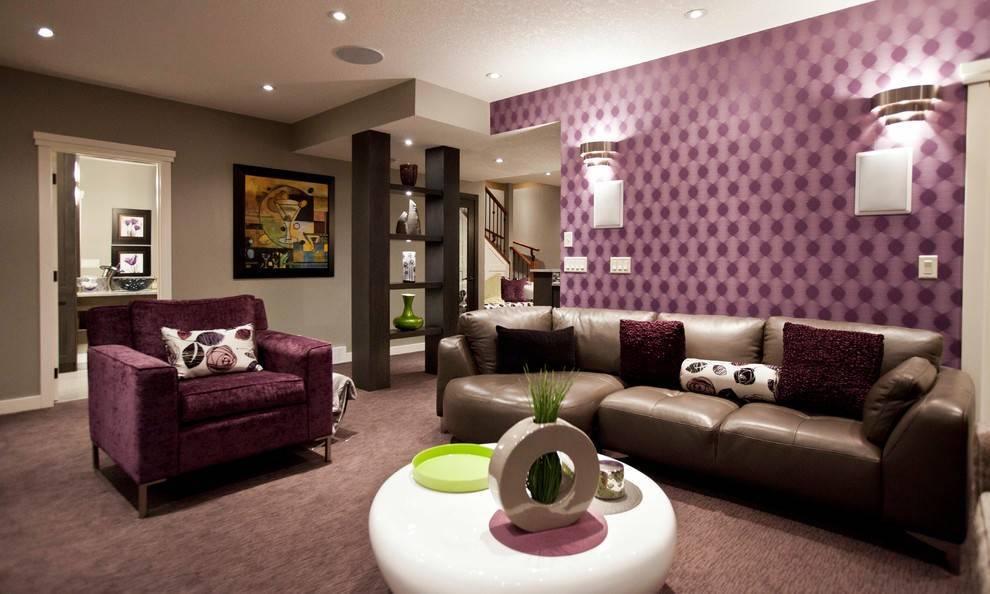 Фиолетовый диван в интерьере: особенности цвета и правила сочетания