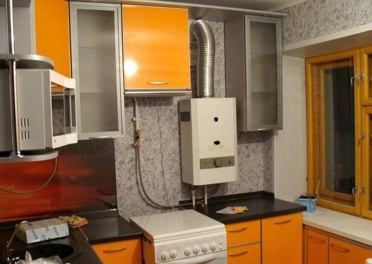 Дизайн кухни с газовой колонкой: виды, идеи размещения, установка, реальные фото