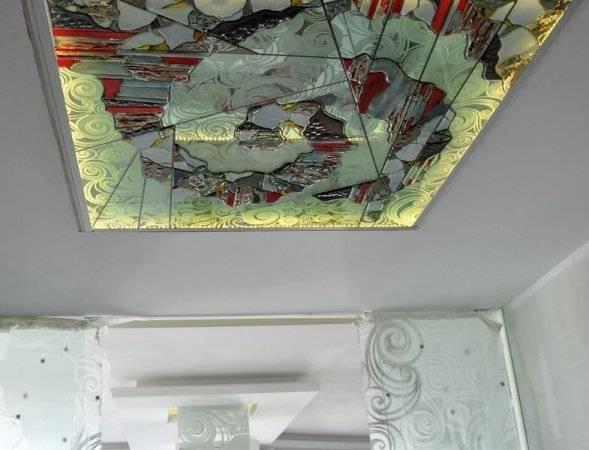 Потолок в туалете - различные варианты, фото