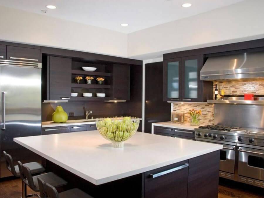 Кухни в стиле хай-тек: дизайн, фото, советы и идеи оформления