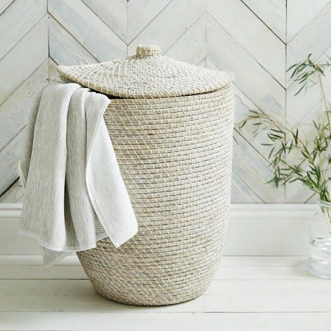 Встроенная корзина для белья в ванную - варианты исполнения