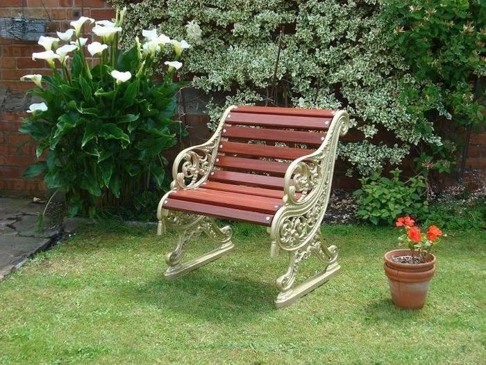 Особенности кованой садовой мебели, обзор моделей