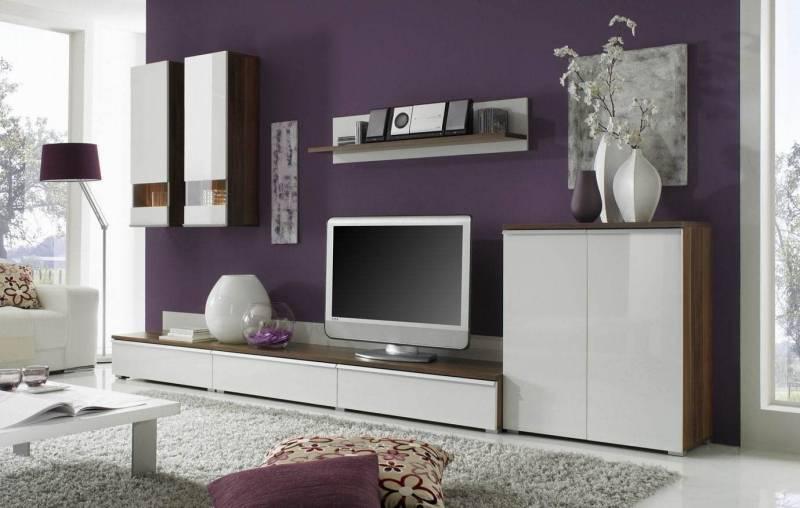 Мебель для гостиной в современном стиле (70 фото): дизайн для зала-спальни, навесные модели от немецких и отечественных производителей, сочетание с «классикой»