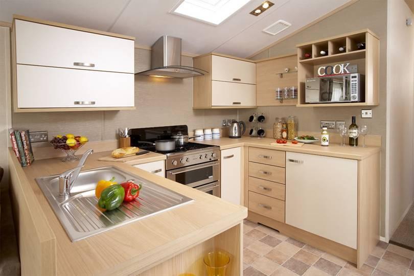 Кухонный гарнитур: как правильно выбрать и оформить кухню в доме