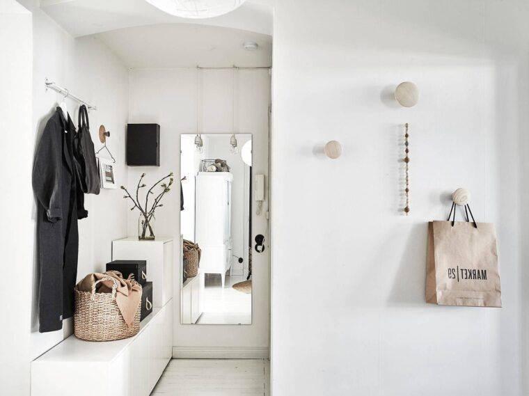 Стильная простота — скандинавский стиль в интерьере прихожей