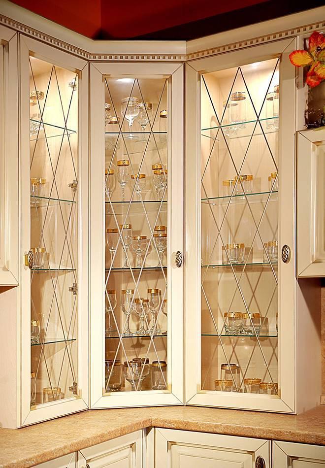 Шкаф-купе во всю стену (44 фото): в гостиную и зал шкаф от пола до потолка