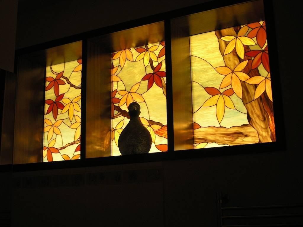 Возможности применения стекла в интерьере - 75 фото