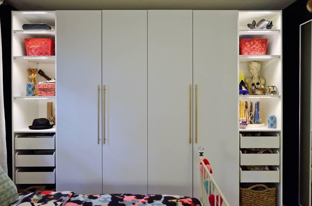 Встроенный распашной шкаф - виды моделей и устройство   фото