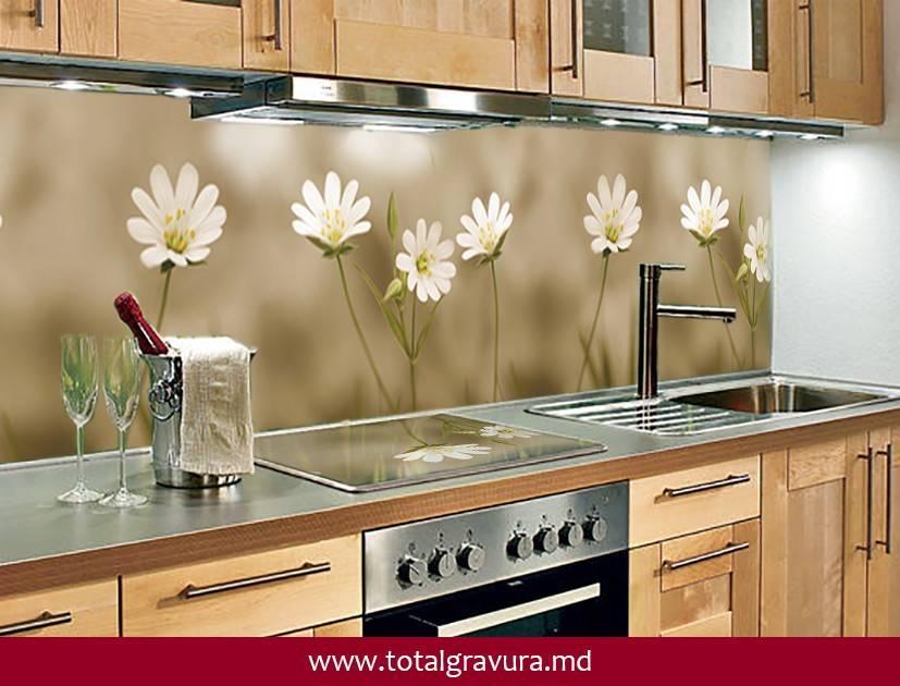 Фартук для кухни: виды, материалы, из чего сделать