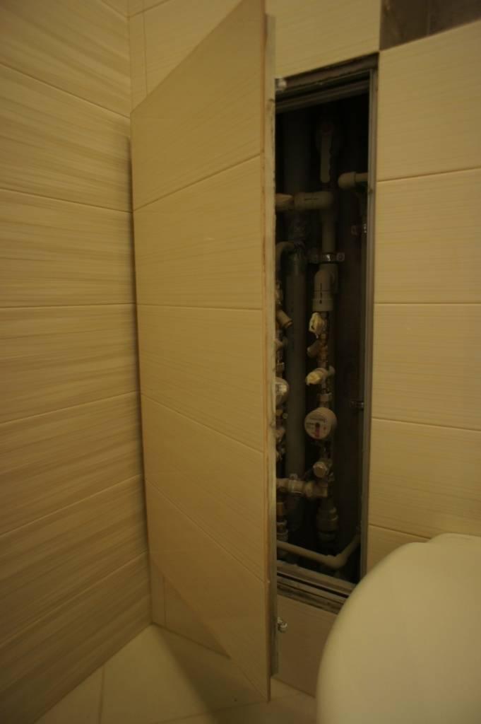 Встроенные шкафы в туалете за унитазом: разновидности моделей и тонкости изготовления