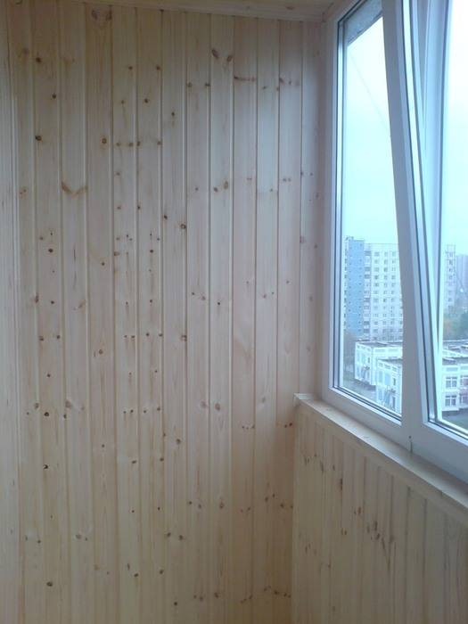 Отделка балкона вагонкой (89 фото): как обшить своими руками евровагонкой, обшивка внутри