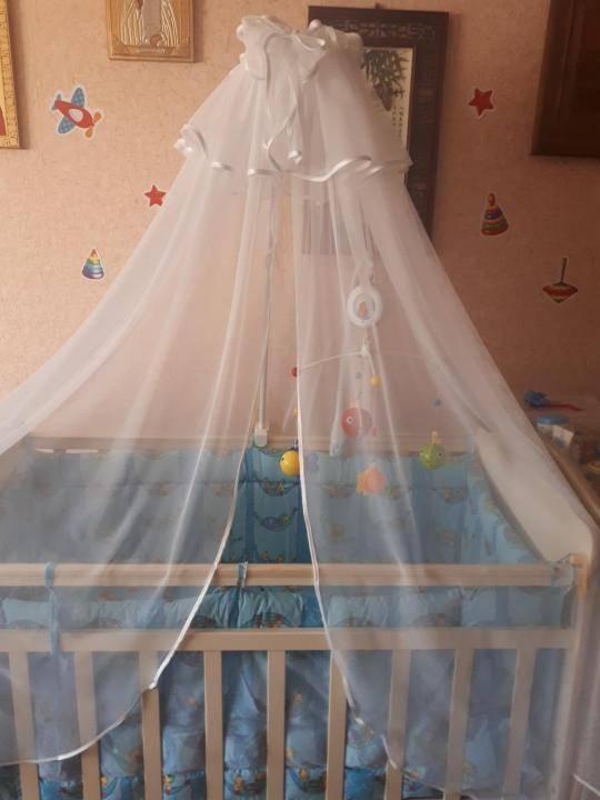 Как крепить балдахин на детскую кроватку: история
