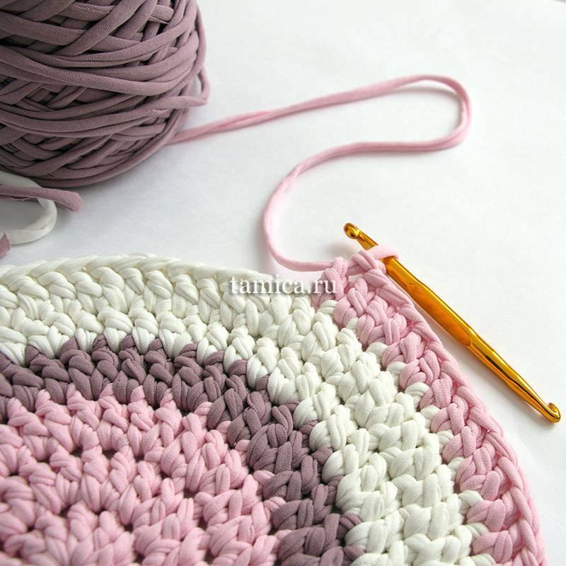 Как связать коврик крючком из ниток?