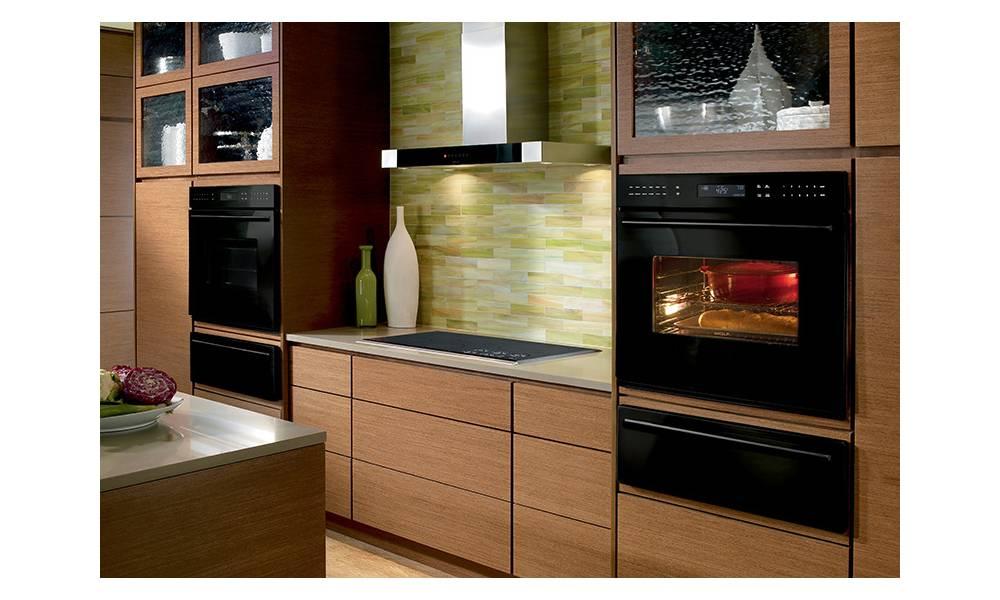 100 лучших идей: дизайн кухни с холодильником на фото