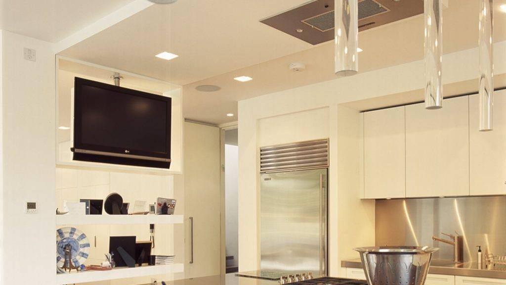 Дизайн кухни с телевизором: варианты размещения и готовые идеи дизайна (50 фото)