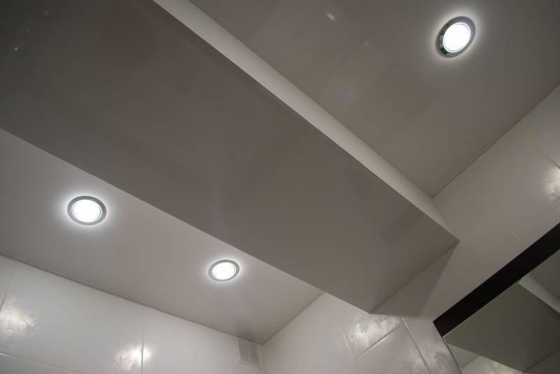 Светильники на потолок в ванную комнату