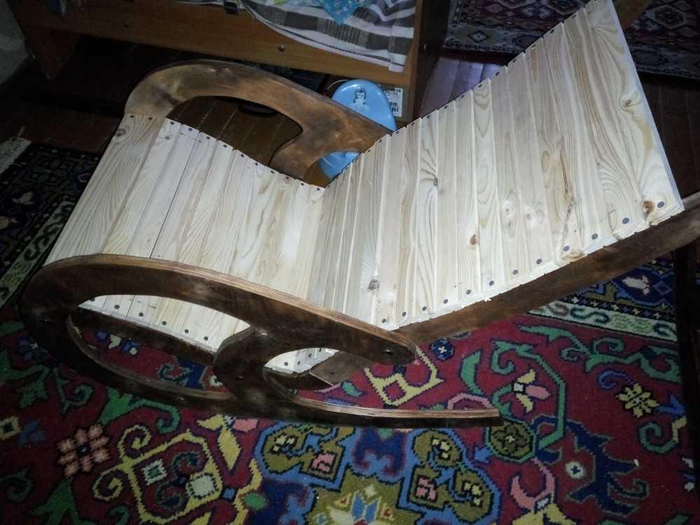 Стул-кресло из дерева своими руками