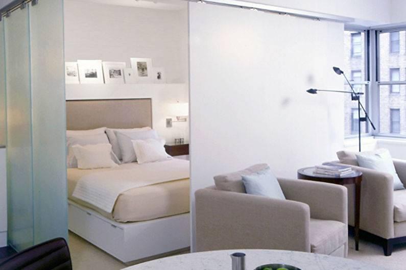 Дизайн уютной комнаты: две зоны спальни, фото