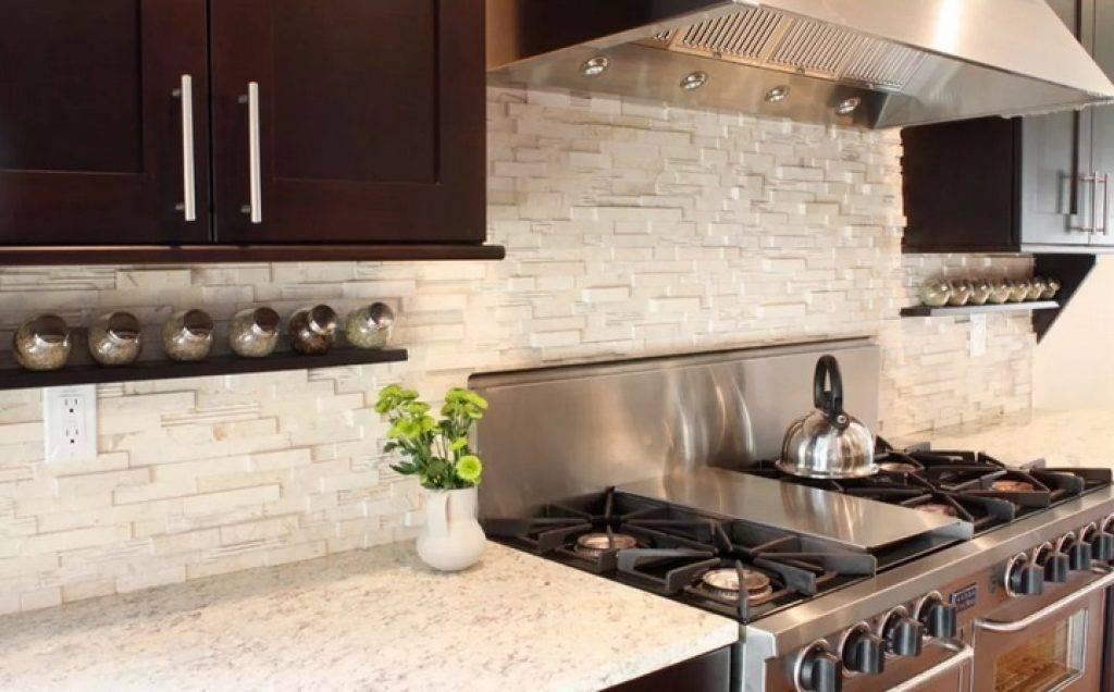 Плитка для кухни на фартук: керамическая настенная для классической кухни, из искусственного камня, варианты дизайна в испанском стиле