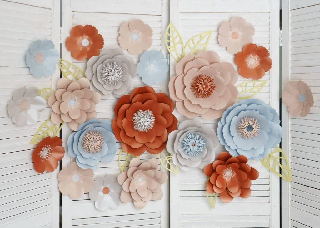 Цветы из бумаги своими руками - схемы, шаблоны для вырезания - пошагово для начинающих - видео