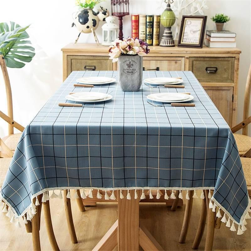 Скатерти для стола: правила оформления модным текстилем