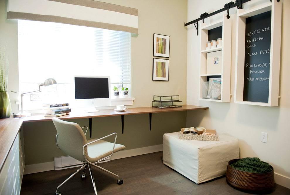 Подоконник-письменный стол: фото, идеи и советы