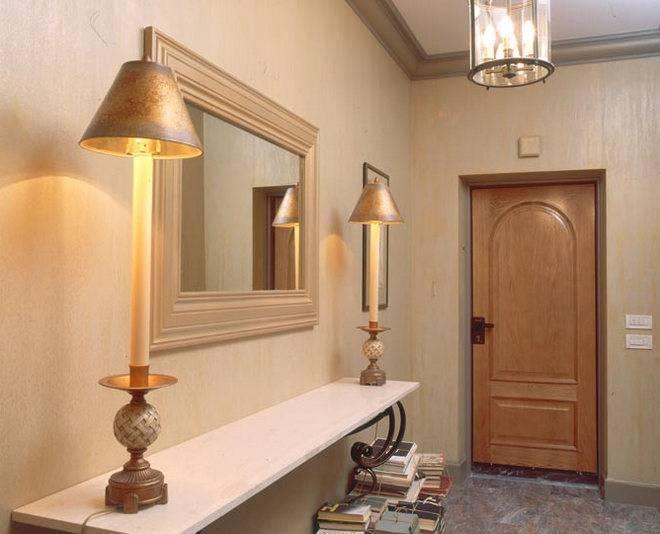 Настенные светильники для прихожей и коридора (51 фото): светодиодные бра на стену для зеркала в интерьере, на какой высоте вешать