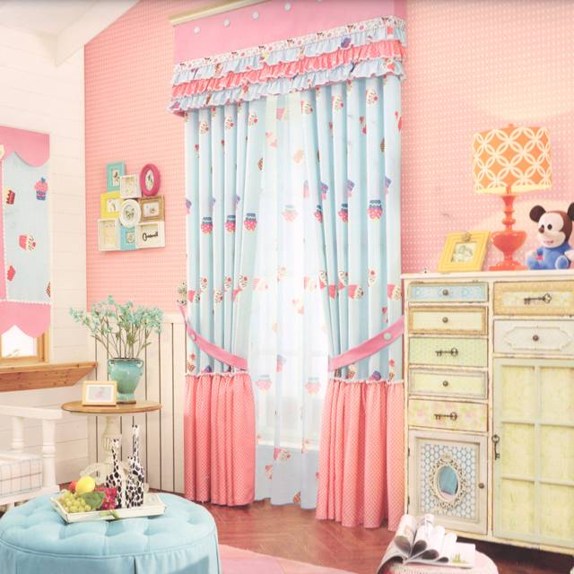 Варианты выбора штор для детской комнаты девочки